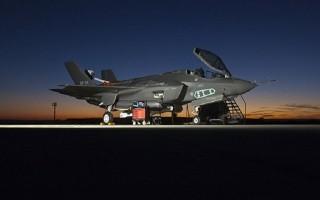 """Anh và Mỹ lo ngại Nga sẽ biết """"bí mật"""" máy bay F-35 qua Thổ Nhĩ Kỳ"""