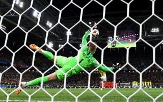 Người hùng 20 năm mới xuất hiện, tuyển Anh lần đầu thắng luân lưu World Cup