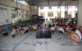 Bắt nhóm cá độ bóng đá ở Hoà Thành