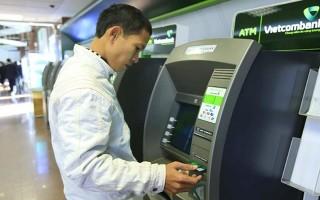Dừng tăng phí ngân hàng để tính toán, cân nhắc lại lợi ích các bên