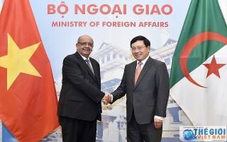 Hình ảnh: Phó Thủ tướng Phạm Bình Minh tiếp, hội đàm Bộ trưởng Ngoại giao Algeria