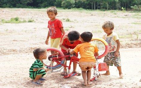 Hè của trẻ em vùng xa