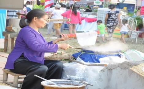 Tây Ninh tổ chức Lễ hội Bánh tráng phơi sương Trảng Bàng lần thứ II