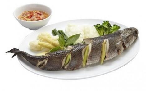 Cháo cá lóc cho bé nên nấu với rau củ gì?