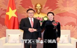 Chủ tịch Quốc hội tiếp Tổng Lãnh sự Danh dự Việt Nam khu vực Busan-Kyeongnam