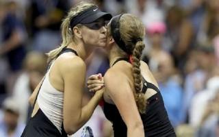 Sharapova lần thứ hai đánh bại Ostapenko