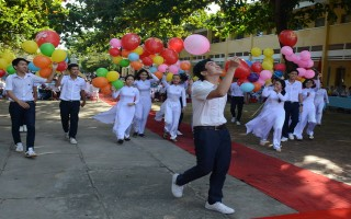 Hơn 228.000 học sinh bước vào năm học mới