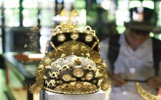 Chiêm ngưỡng báu vật triều Nguyễn