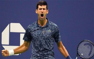 Djokovic vượt Federer về tổng tiền thưởng thi đấu