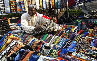 """Châu Phi: Thị trường tiềm năng nhưng không ít """"chông gai"""""""