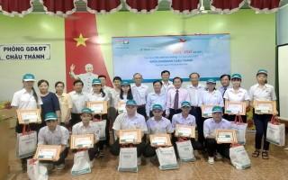 KienLongbank chi nhánh Tây Ninh: Trao học bổng cho học sinh Châu Thành