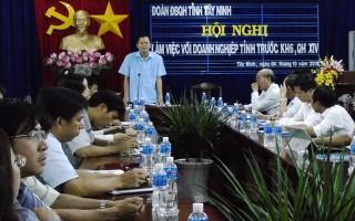 ĐBQH tiếp xúc doanh nghiệp trong tỉnh trước kỳ họp Quốc hội thứ 6