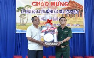 Lãnh đạo tỉnh chúc mừng lễ Sen dolnta của đồng bào Khmer
