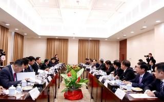 Tổng Bí thư, Chủ tịch Lào tiếp Thường trực Ban Bí thư Trần Quốc Vượng
