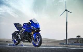 Yamaha R3 mới thay đổi thiết kế kiểu MotoGP