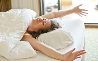4 lầm tưởng thường gặp về giấc ngủ
