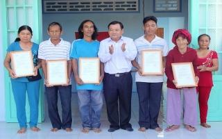 Gò Dầu: Trao 6 căn nhà tình thương cho người nghèo