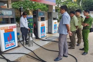 7 cơ sở kinh doanh xăng dầu chưa thực hiện việc tự kiểm tra định kỳ đối với cột đo xăng dầu