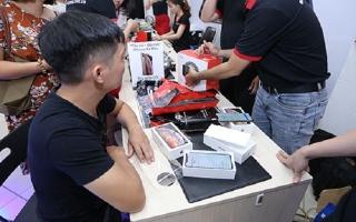 iPhone XS và XR chính hãng bắt đầu bán ở Việt Nam