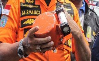 Vụ rơi máy bay tại Indonesia: Khôi phục được dữ liệu chuyến bay