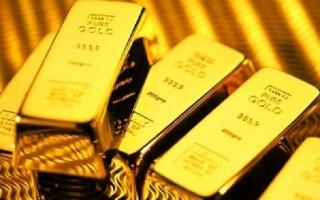 Giá vàng tiếp tục lao dốc trong phiên giao dịch cuối tuần