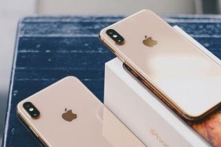 iPhone Xs Max được đổi mới kể cả khi rơi vỡ