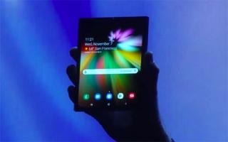 Smartphone gập của Samsung có thể đắt gấp đôi iPhone XS
