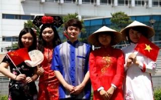 """Hàn Quốc cấp visa 5 năm cho người Việt để đáp lại """"tình yêu dành cho Park Hang-seo"""""""