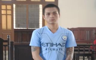 Trộm xe mô tô đem sang Campuchia tiêu thụ, lãnh án 18 tháng tù