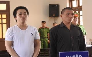 Cướp xe mô tô không thành, 2 bị cáo lãnh án 15 năm tù