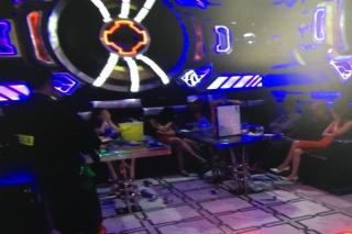 Phát hiện 40 khách dương tính với ma túy tại nhà hàng Karaoke Sao Đêm