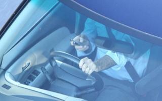 Tăng cường xử lý người điều khiển xe sử dụng điện thoại
