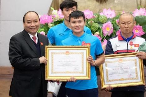 Thầy trò HLV Park Hang Seo lần thứ 3 trong năm được Thủ tướng khen thưởng