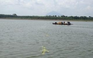 Bắt nhiều ghe đánh bắt thuỷ sản bằng ngư cụ cấm trong hồ Dầu Tiếng