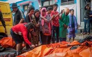 Ít nhất 281 người thiệt mạng và hơn 1.000 người bị thương trong vụ sóng thần tại Indonesia