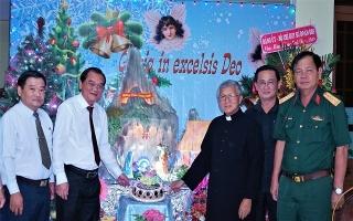 Thường trực Tỉnh ủy chúc mừng lễ Giáng sinh của đồng bào Công giáo