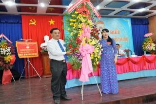 Bà Nguyễn Thị Minh Nguyệt tái đắc cử chức Chủ tịch