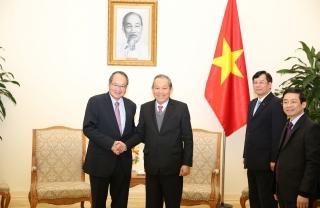 Phó Thủ tướng Trương Hòa Bình tiếp Tổng Chưởng lý Singapore