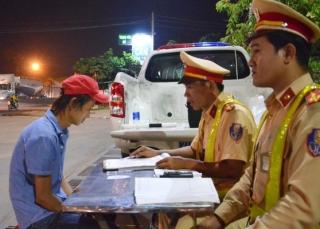 Tây Ninh: Tạm giữ một tài xế sử dụng ma túy khi đang điều khiển xe