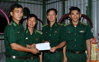 BCĐ 389 Tây Ninh chúc tết chiến sĩ các điểm chốt chống buôn lậu