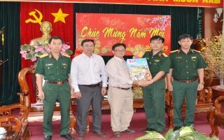 Hội Nhà báo Tây Ninh: Thăm cán bộ, chiến sĩ Sư đoàn 5