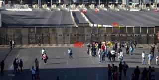 Nhà Trắng đã tìm ra 8 tỷ USD để xây dựng bức tường biên giới