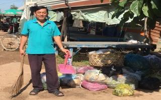 Câu chuyện của người thầy giáo… gom rác