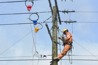 Cung cấp điện ổn định, an toàn dịp tết Nguyên đán Kỷ Hợi