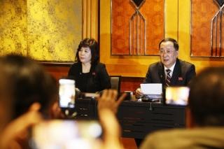 Triều Tiên khẳng định chỉ đề nghị Hoa Kỳ dỡ bỏ một phần lệnh cấm vận
