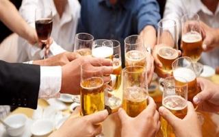 Nhiều mâu thuẫn trong các quy định về cấm và kiểm soát quảng cáo, khuyến mại, tài trợ rượu bia