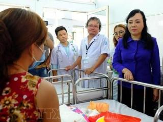 Khẩn trương 'vá lỗ hổng' tiêm chủng, ngăn chặn dịch sởi lây lan ra cộng đồng