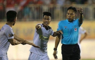 V-League 2019: Hàng loạt trọng tài bị 'treo còi' vì dính sai phạm