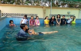Tập huấn kỹ năng phòng chống đuối nước cho học sinh