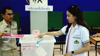 Cử tri Thái Lan bỏ phiếu sớm bầu Quốc hội